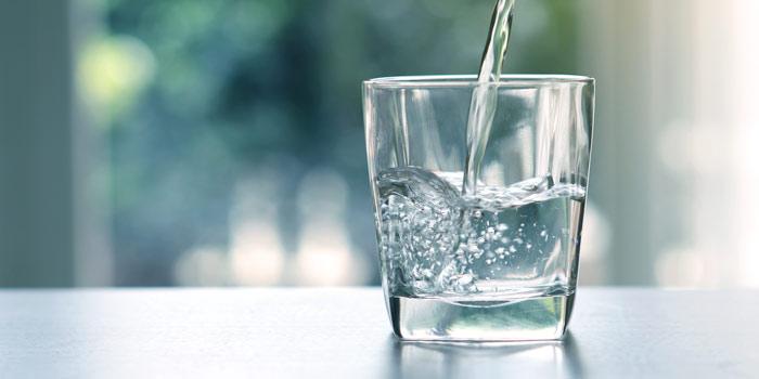 چه مقدار آب بنوشیم؟