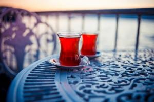 15 دلیل برای اینکه روزی 5 لیوان چای بنوشید