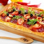 پیتزا با خمیر میلفوی